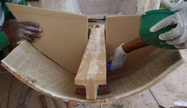 Fitting & mudding in the spine & frames on starboard extension