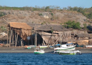 6 huge wooden ships were being built on the shore at Wera, Sumbawa