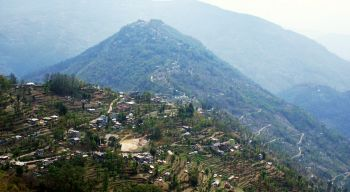 Hill trekking in Sikkim means lots of up & down!
